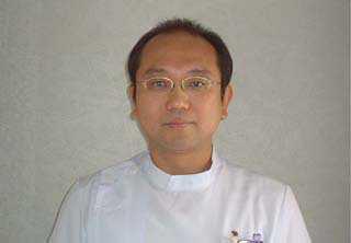 院長:藤野 隆