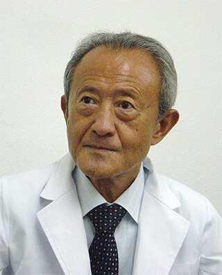 藤井 成彬(ふじい なりあきら)院長
